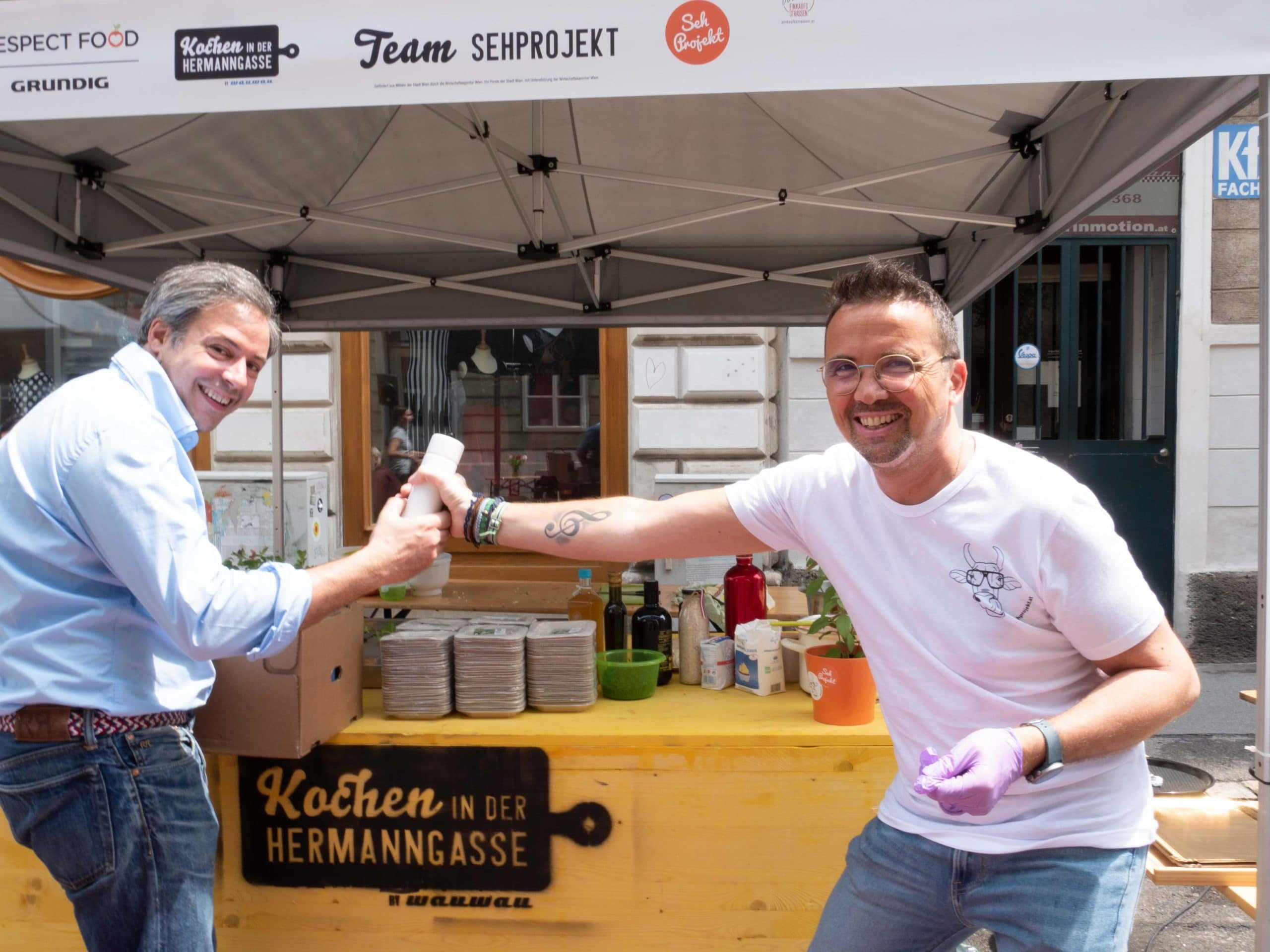 Kochen in der Hermanngasse 2019 Team Sehprojekt